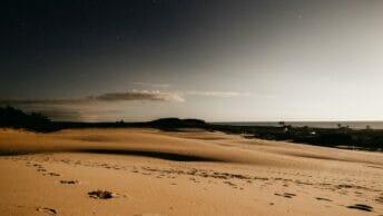 Leitura Espiritual - Pegadas na Areia